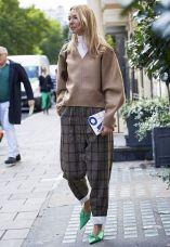 london-fashion-week-2017-september-street-style-235530-1505577873763-image.600x0c